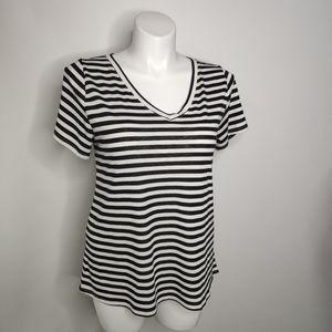 Lularoe Christy Tee Shirt V Neck Size Large